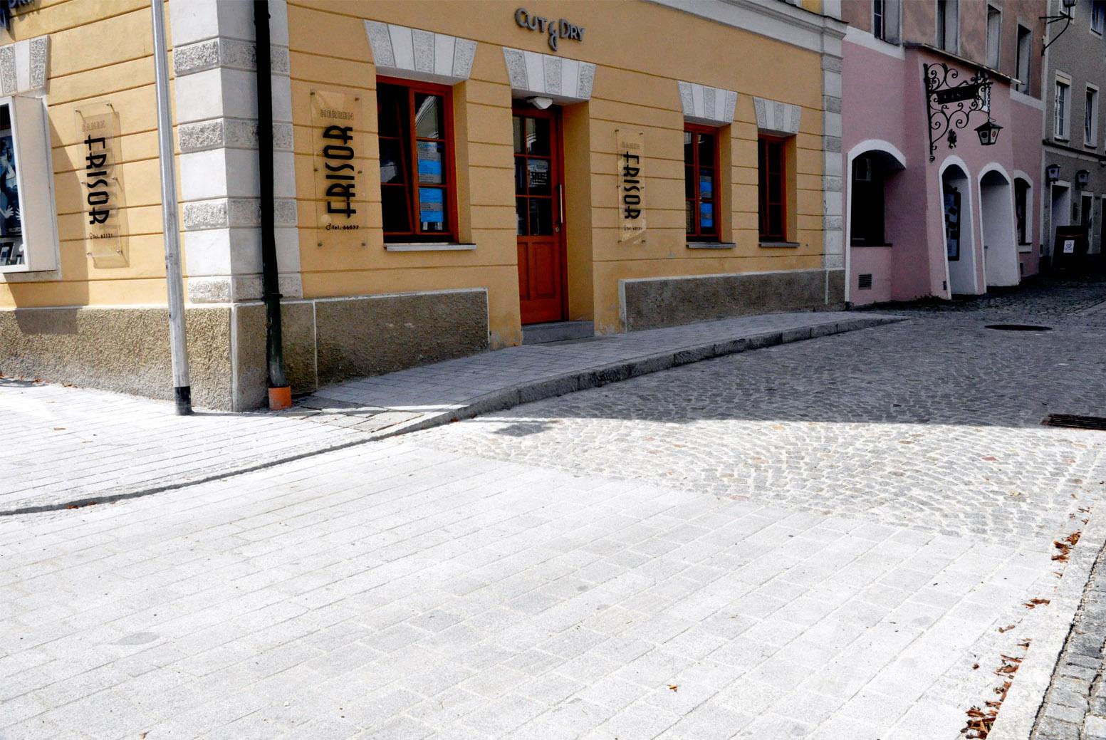 Pflasterungen von öffentlichen Plätzen, Kirchen, Bürgersteige, Straßen, Parkplätze, Innviertel, Salzburg, Oberösterreich